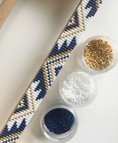 How To Weave On A Square Loom With Yarn - www.How To Weave On A Square Loom With Yarn - www. Loom Bracelet Patterns, Seed Bead Patterns, Bead Loom Bracelets, Beaded Jewelry Patterns, Beading Patterns, Embroidery Patterns, Bead Jewellery, Seed Bead Jewelry, Loom Bracelets