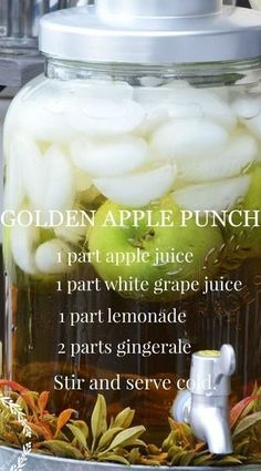 FALL DRINK BAR Golden Apple Punch – trade white wine for the grape juice and it's a fall sangria! Fall Drinks, Holiday Drinks, Summer Drinks, Drink Bar, Food And Drink, Fall Recipes, Holiday Recipes, Fall Punch Recipes, Party Punch Recipes