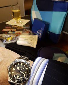 REPOST!!!  Business Class amenities.  Emirates 1 Qantas 0. #tudor #rolex #pelagos #titanium #lefthandwatch #roulettedate #singlered #limitededition #numbered #26300 #pelagoslhd #newtudor #newrolex #newwatch #baselworld #baselworld2016 #watches #watchporn #businessclassamenitykit #hodinkee #mondani #flight #melbourne #qantas #hobart #businessclass #picoftheday #photooftheday #rebel #rebellious  repost | credit: ID @timedealerhotmail (Instagram)
