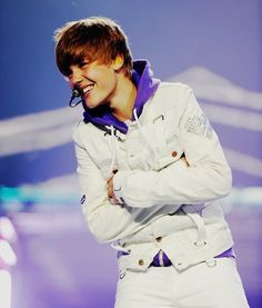 fetus justin omg my feels Justin Bieber 2009, Justin Bieber Smile, Fotos Do Justin Bieber, Justin Bieber Pictures, Justin Bieber My World, Estilo Selena Gomez, Justin Bieber Wallpaper, Justin Hailey, Music Album Covers