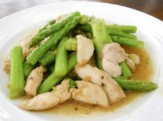 Think that peanut sauce is out on the VLCD? Think again with this VLCD safe recipe for Chicken and Asparagus with Peanut Sauce which features Capella flavor drops.