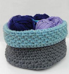Crocheted basket with chunky yarn #trapillo #fettuccia