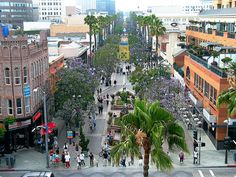 Downtown Santa Monica- Third Street Promenade