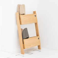 b2c wood entrance series [ slippers rack double] by sarasa design