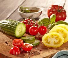 Nůž Pickles, Cucumber, Vegetables, Food, Veggie Food, Pickle, Vegetable Recipes, Cauliflower, Meals