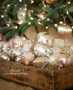 French Country blush mercury glass Christmas ornaments - French country blush mercury glass Christmas decorations – It& no secret … I& a big - Silver Christmas, Christmas Love, Christmas Colors, Rustic Christmas, Christmas Holidays, Xmas, Christmas Island, Elegant Christmas, Beautiful Christmas