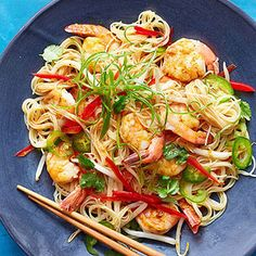 **Singapore Shrimp Noodles -- We cut the curry powder to 1 to 2 tsp and added the juice of one lime to help marry the flavours. The kids both asked for seconds. Shellfish Recipes, Seafood Recipes, Cooking Recipes, Cooking Ideas, Chicken Recipes, Asian Recipes, Healthy Recipes, Ethnic Recipes, Healthy Food