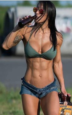 Stunning Ripped Girls from the Gym,Beach and the World of Sports. New Ripped Girls Added Daily Fitness Workouts, Yoga Fitness, Fitness Motivation, Ripped Fitness, Fitness Top, Health Fitness, Cardio Gym, Health Diet, Girls With Abs