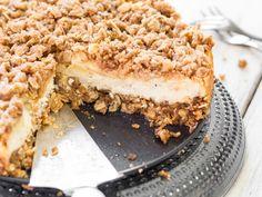 Apfel-Cheesecake mit Haferflockenstreuseln
