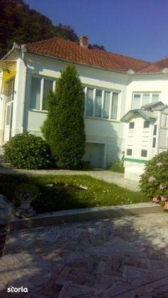 Minunata case de vanzare cu 4 in Hunedoara (judet), Tisa, la 50 000 €. Aceasta case de vanzare construita pe un teren de 240 m², are 240  m&sup2 suprafata utila si 240 m² of suprafata construita. Storia 4002040 Tisa, Windows, Window
