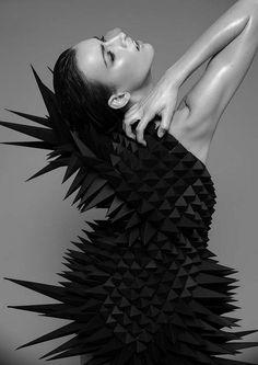 3D Geometric Fashion - sculptural dress design; fashion as art // Adrian Portmann