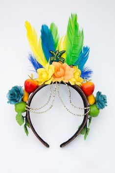 Carnaval Tropical Party, Tropical Vibes, Carnival Theme Crafts, Havana Nights Party, World Thinking Day, Caribbean Carnival, Rio Carnival, Nye Party, Pet Costumes