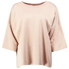 Boohoo Rosie Fit Split Back Running Sweat Top | Boohoo ($20) ❤ liked on Polyvore featuring tops, hoodies, sweatshirts, polyester sweatshirt, flat top, pink sweatshirts and pink top