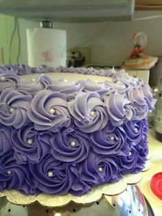 Purple ombre buttercream rosettes decorated with edible pearls and edible glitter. Made this cake for my friend's bachelorette party and it was a hit! So easy to do and it's a beautiful and simple design. 25th Birthday Cakes, Purple Birthday, Birthday Cake Girls, Birthday Bash, Birthday Cake For Women Simple, Ombre Rosette Cake, Descendants Cake, Crazy Wedding Cakes, Edible Pearls