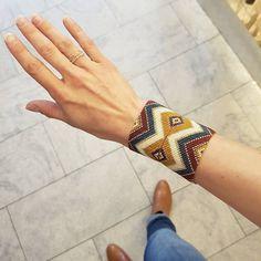 Loom Bracelets, Macrame Bracelets, Loom Beading, Beading Patterns, Japanese Pearls, Cultured Pearl Necklace, Micro Macrame, Brick Stitch, Bead Art