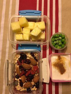 Kender du det med, at det nogle gange kan være svært at lave inspirerende madpakker til ungerne og også give dem noget med, de gider at spise. Jeg vil i en periode blogge lidt om, hvad vi giver vor...