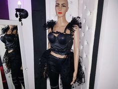 Haute couture limited Designer Edition piece. Set of woman harness epaulettes and chic tulle skirt with multiple layers and leather belt . All the products are entirely designed and made by me. This exclusive high-quality leather accesory made of premium genuine first cut italian leather will