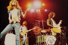 Robert Plant, John Paul Jones, John Bonham & Jimmy Page - Led Zeppelin Jimmy Page, Led Zeppelin Live, Led Zeppelin Concert, Purple Rain, Deep Purple, Pink Floyd, Allen Collins, Robert Plant Led Zeppelin, The Rolling Stones