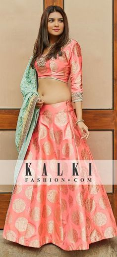Shop GF Series Lehenga Blouse Collection Online with the best price. Give yourself the stylish look for Rich Traditional Indian Weddings. Order Now! Banarasi Lehenga, Pink Lehenga, Lehenga Blouse, Lehenga Crop Top, Brocade Lehenga, Lehnga Dress, Anarkali, Dress Skirt, Lehenga Designs