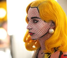 Absurd but brilliant Halloween make-up: a MAC make-up artist came up with the brilliant concept of making someone look like a Roy Lichtenstein painting!