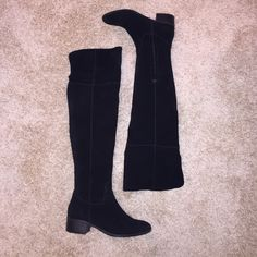 Steve Madden black over the knee boots (worn ONCE) Almost brand new.. Only been worn once!! Originally $150--- no trades!! Would be willing to come down in price a little bit Steve Madden Shoes Over the Knee Boots