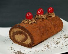 Πεντανόστιμο και πολύ δημοφιλές Ελβετικό ρολό σοκολάτας – foodaholics.gr Christmas Cake Designs, Christmas Desserts, Christmas Ideas, Xmas, Greek Desserts, Cinnamon Cake, Cool Birthday Cakes, Cake Cookies, Cake Pops