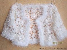 Exceptional Stitches Make a Crochet Hat Ideas. Extraordinary Stitches Make a Crochet Hat Ideas. Crochet Bolero Pattern, Poncho Au Crochet, Crochet Jacket, Crochet Blouse, Knit Crochet, Crochet Style, Crochet Girls, Crochet Woman, Crochet For Kids