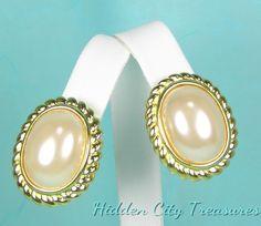 Joan Rivers Earrings Simulated Pearl Goldtone Border Clip On #hiddencitytreasures