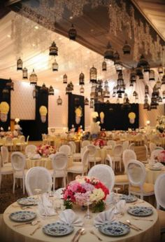 Majestic wedding decoration in ballroom this is amazing head over majestic wedding decoration in ballroom this is amazing head over to sion dcor where you can see more of their unique works httpbridesto junglespirit Images
