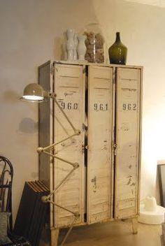 Vintage Bedroom Vintage Industrial Decor:HAVE THE BEST INDUSTRIAL KITCHEN STYLE - I bet everybody loves an industrial kitchen style. It's aesthetically pleasing even if not the most popular trend in kitchen design. The clues from the old ind French Industrial Decor, Industrial Lockers, Metal Lockers, Vintage Industrial Furniture, Industrial Living, Industrial Interiors, Industrial Chic, Industrial Bedroom, Industrial Storage