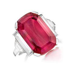 FD Gallery | An Art Deco Ruby and Diamond Ring, by Van Cleef & Arpels