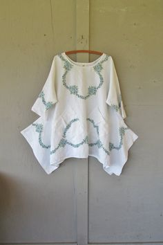 Original design X Large 1 X upcycled tunic by lillienoradrygoods