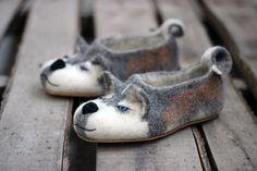 Husky dog slippers with different eyes by photo personalized Wool Shoes, Felt Shoes, Felt Animals, Funny Animals, Husky Dog, Felted Slippers, Foam Crafts, Needle Felting, Dog Breeds