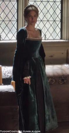 "Tagged ""mary boleyn"" | Tudor Costume"