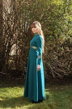 Vintage 60's 70's Dark Green Gold Lurex Maxi Dress Boho Summer Outfits, Mandarin Collar, Looking Stunning, Green And Gold, Vintage Outfits, Dark, Long Sleeve, How To Wear, Stuff To Buy