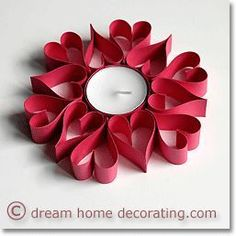 Make Valentine Table Decorations From Tea Candles & Colored Card Toilet Roll Craft, Toilet Paper Roll Art, Rolled Paper Art, Toilet Paper Roll Crafts, Paper Strips, Mothers Day Crafts, Valentine Day Crafts, Holiday Crafts, Valentine Ideas