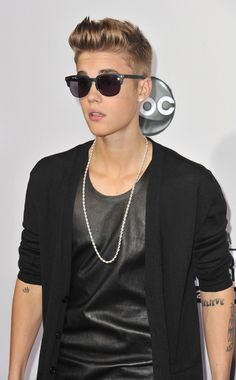 30 Glorious Justin Bieber Quotes - what a moronic idiot! Justin Bieber Quotes, All About Justin Bieber, Justin Bieber Style, Justin Bieber Pictures, Christina Aguilera, Justin Baby, Justin Bieber Wallpaper, Anna Nicole Smith, Bae