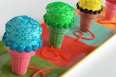 microphone cupcakes <3