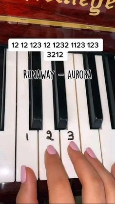 Piano Music With Letters, Piano Music Easy, The Piano, Piano Music Notes, Piano Sheet Music, Good Music, Piano Lessons, Music Lessons, Piano Tutorial
