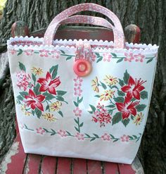 Vintage Tablecloth Tote Bag Purse by georgiapeachez on Etsy