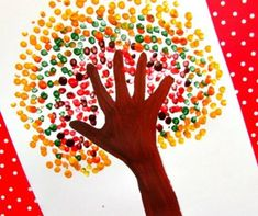 Fall Tree Kid Crafts – Celebrate Autumn Color - A Crafty Life Xmas Crafts, Baby Crafts, Spring Crafts, Fun Crafts, Tree Crafts, Creative Crafts, Easter Crafts, Wood Crafts, Creative Ideas