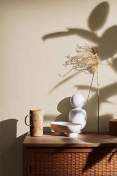 The Scandinavian company Jotun Lady predicts the interior colour trends of 2020 with 12 new colours Jotun Lady, Natural Living, Earth Tones, Colorful Interiors, White Interiors, Scandinavian Interiors, Scandinavian Design, Interior Styling, Interior Design