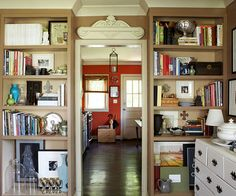 26 ideas to steal for your apartment (like these faux built-ins)