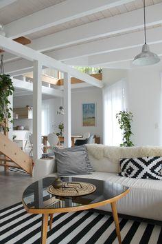 living room | modern interior | We Heart Home