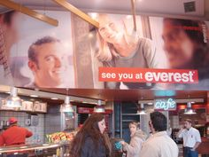 INTERiOR BRANDiNG Everest