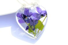 Violet flowers pendant woodland viola necklace jewelry real pressed wild violet flowers resin natural heart jewelry purple mauve OAAK