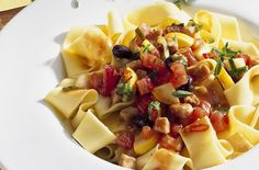 Cheap family meals: Recipes under per head - Pappardelle with tuna sauce - goodtoknow Sauce Recipes, Gourmet Recipes, Dinner Recipes, Healthy Recipes, Inexpensive Meals, Cheap Dinners, Easy Dinners, Cheap Family Meals, Budget Meals