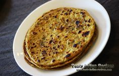 Meth Paratha is a quick Indian breakfast recipe. Methi Paratha Recipe is made with Methi (Fenugreek) leaves, which is mixed in dough while making paratha. Lunch Box Recipes, Gourmet Recipes, Breakfast Recipes, Cooking Recipes, Methi Recipes, Indian Veg Recipes, Indian Breakfast, Vegan Bread, Indian Dishes
