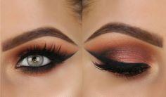 effektvolles Make-up blaue Augen Smokey Eyes