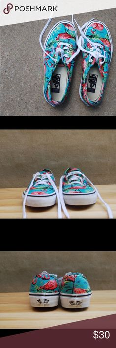 Vans Women's Tropical Print Size 7 Worn twice, in perfect condition! Vans Shoes Sneakers